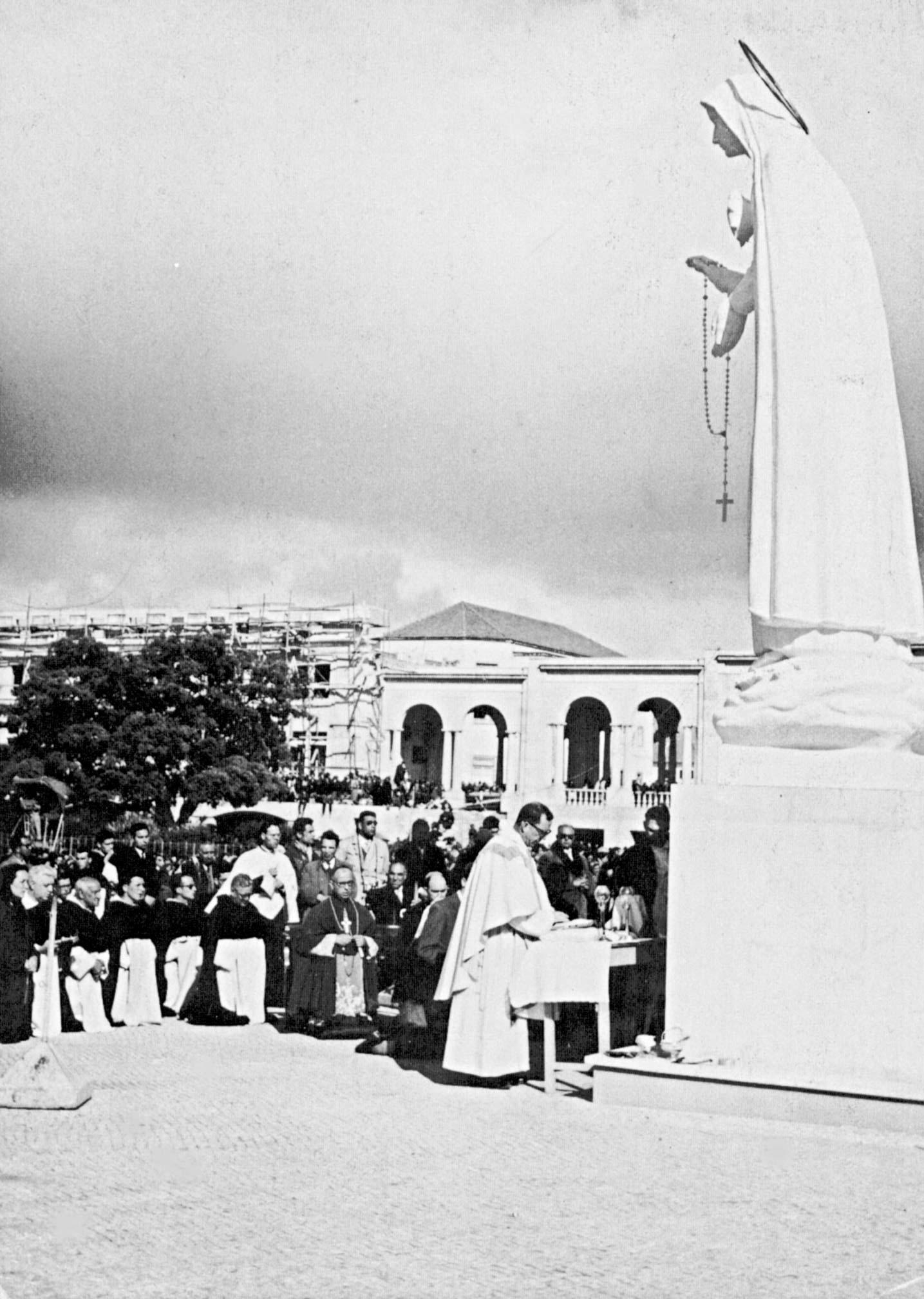 The Sculptor-Priest of Fatima